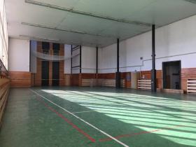 Halová súťaž vo výstupe na cvičnú vež v Pribrame.